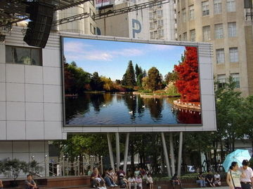 Chiny Rgb Smd3535 10mm Outdoor Led Displays Big Massive Video Wall Great Waterproof dostawca