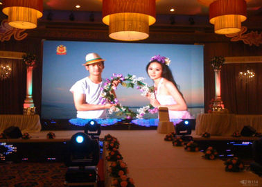 Chiny RGB Die Casting P2.5 HD Led Display Indoor For Stage Background , 2 Years Warranty dostawca